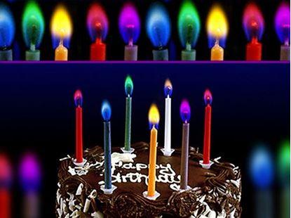 Obrázek Barevně hořící svíčky