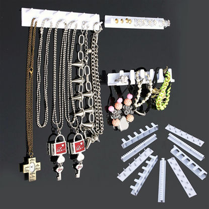 držák na šperky